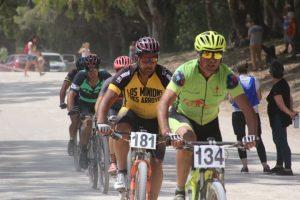 Claudio Flores y Jesica Casaux triunfaron en la primera fecha del Rural Bike Costero en Reta