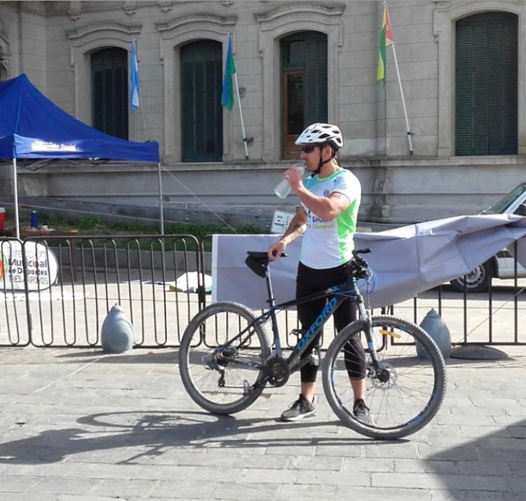 Denuncian por Facebook que robaron una bici y solicitan ayuda para recuperarla
