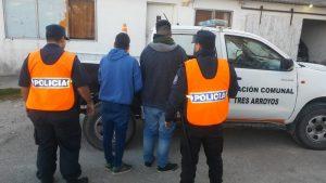 Operativo Sol en Claromecó: 14 aprehensiones, 1 detención y 5 procedimientos por drogas