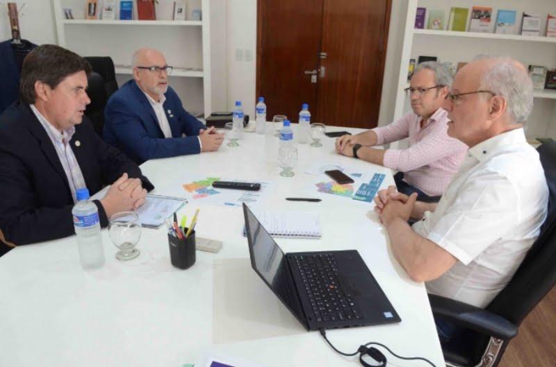 Positivo encuentro de Gargaglione con el ministro Gollan