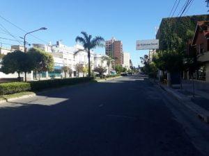 Tres Arroyos toma conciencia: baja la circulación de gente por las calles (video)