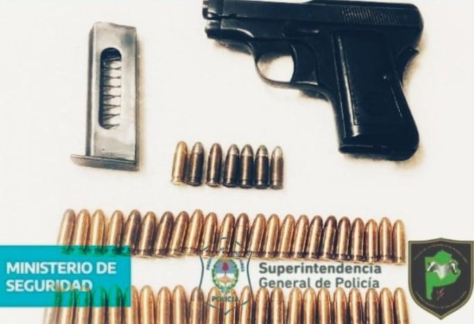 Chaves: demoran a un hombre por portación ilegal de arma