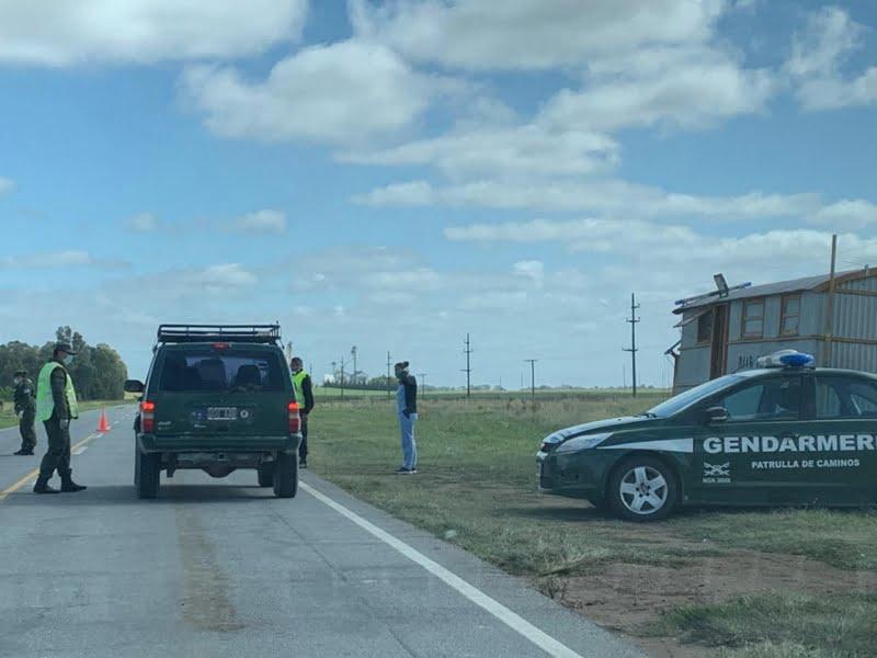 Gendarmería Nacional colabora con Tránsito en un control sobre la 228