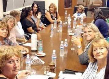 Mujeres Coop planifica actividades de interés para la comunidad