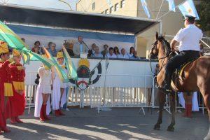 Acto Oficial: entrega de la Espiga de Oro y Desfile institucional