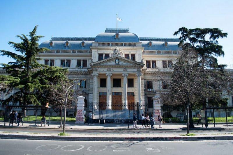 La Legislatura bonaerense sesionaría por teleconferencia