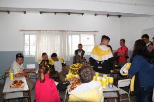 UPD en Claromecó con bombos y espuma