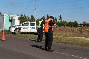 Realizan los controles policiales en el ingreso a Claromecó, Reta y Orense