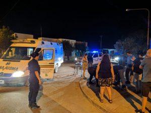 Motochorros asaltan a una mujer en 17 de Agosto y Sarmiento (Video)