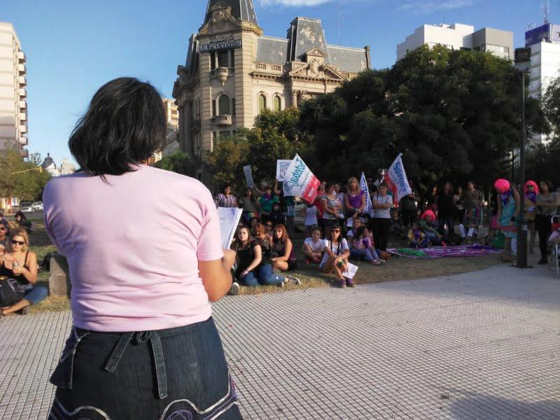 Día de la Mujer Trabajadora: Acto en la Plaza San Martín y marcha al predio de la Fiesta del Trigo
