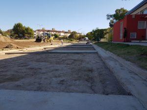 Avanzan los trabajos para la pavimentación de la calle Río Atuel en Monte Hermoso
