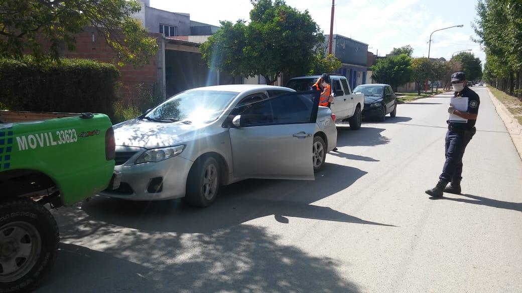 Orense: Demoran a tres personas y secuestran un Toyota Corolla