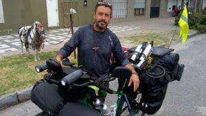 Sudamérica espera a un necochense que la visitará en bicicleta