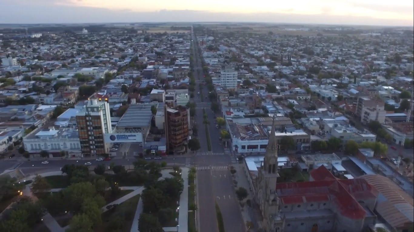 Tres Arroyos en cuarentena desde el aire (video)
