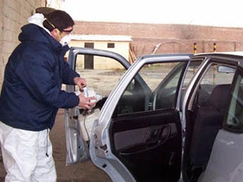 Convocan a propietarios de taxis, remises y transportes contratados a desinfectar vehículos