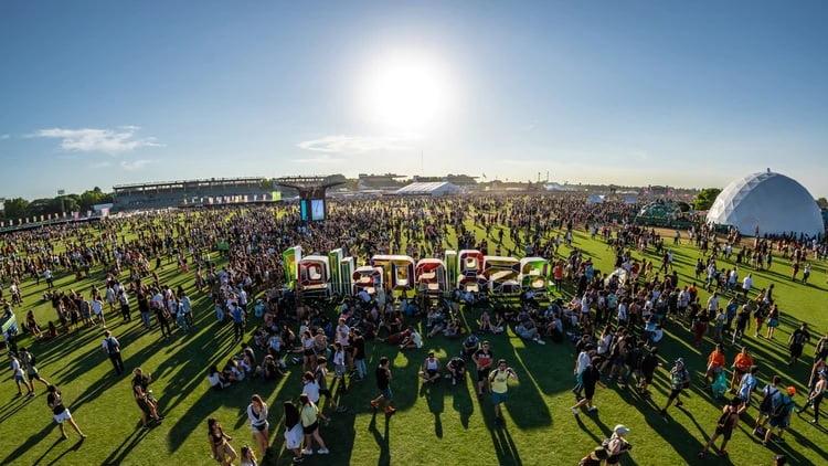 Kicillof prorrogó la prohibición para eventos masivos en la provincia de Buenos Aires hasta el 15 de abril