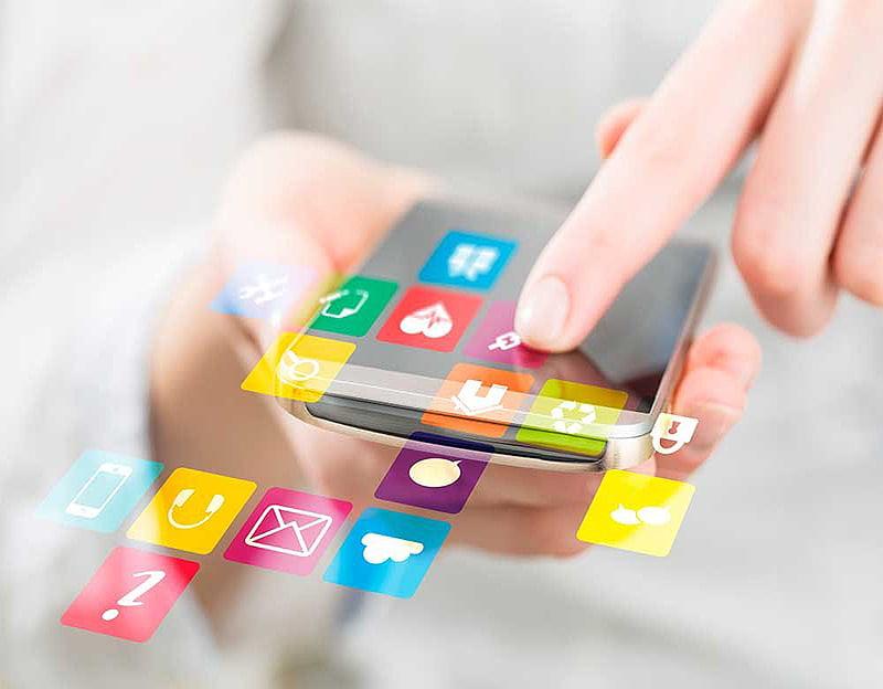 Psicóloga pide hacer buen uso de la tecnología y consumir información confiable