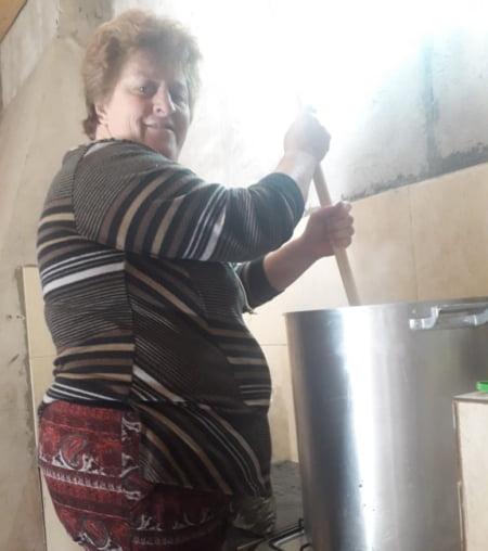 Rosa Fontana reabre su comedor en Barrio Olimpo