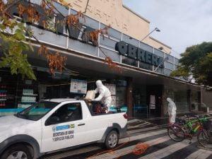 Desinfecciones en supermercados, cajeros y veredas de entidades bancarias