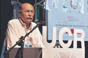 """Radicales redactaron """"carta de desagravio"""" al presidente de la convención partidaria"""