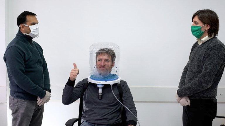 Argentinos inventaron un casco que reemplazaría en algunos casos al respirador artificial