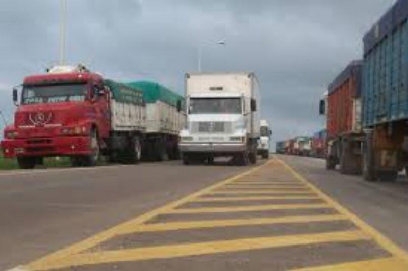 """""""No hay mucho control en las rutas del país, parece una puesta en escena"""", dijo un camionero local"""