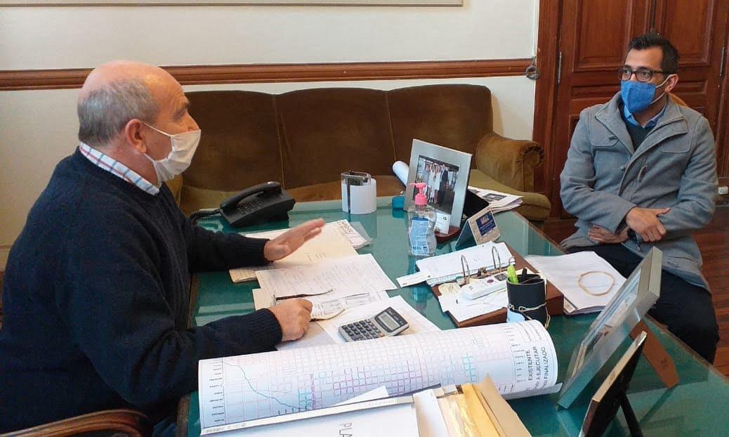 Hugo Fernández se reunió con el director Administrativo del Centro de Salud