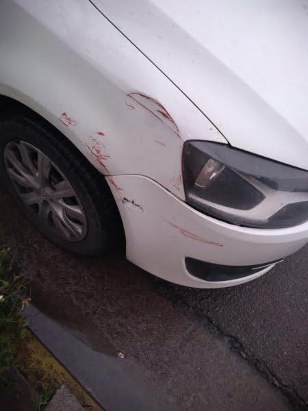 Es enfermero, chocó una camioneta estacionada en una urgencia y encontró al dueño por Facebook
