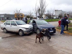Choque de vehículos en Av. Libertad y Solís