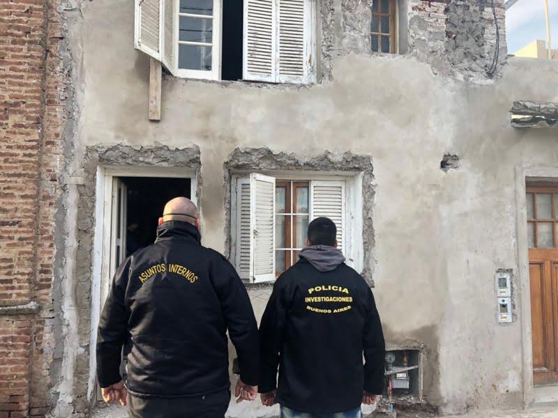 DDI Azul y Asuntos Internos allanaron un domicilio en Tres Arroyos