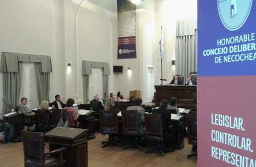 Necochea: Un edil y médico dio positivo a COVID-19 y aislaron al Concejo Deliberante
