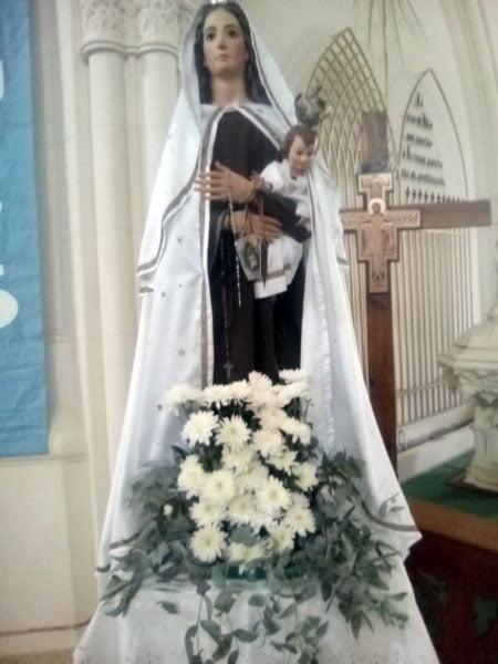 En el marco de la pandemia, la comunidad celebra a la Virgen del Carmen