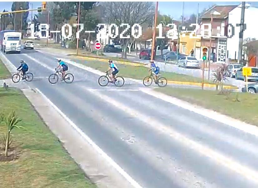 Reglas para cumplir … por todos, inclusive los ciclistas (video)