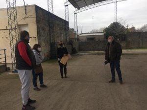 Fernández anunció nuevas obras para las escuelas 8 y 47 de Orense