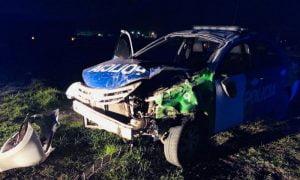 Bahía Blanca: Un patrullero terminó a los tumbos en medio de una persecución