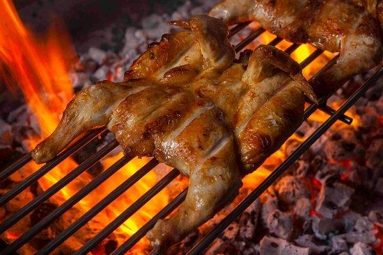 Bellocq: venta de pollos a la parrilla a beneficio de la Capilla Nuestra Señora de Lourdes