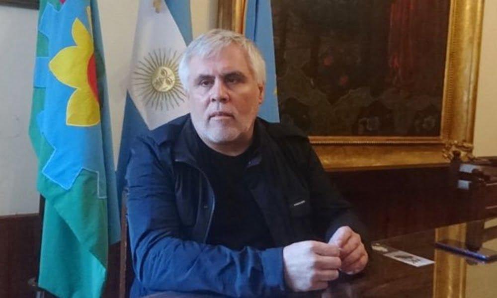 Santillán pide no salir o entrar al distrito y no hacer almuerzos ni cenas en reuniones sociales