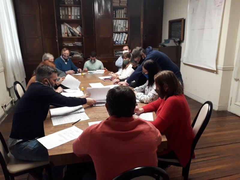 Avanzan en la Comisión del Financiamiento Educativo y se despachó la licencia de Aramberri