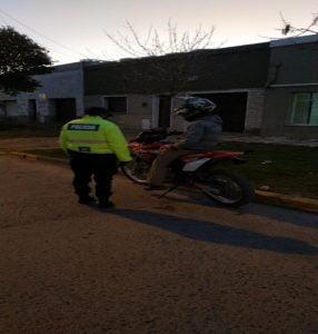 Infracciones y secuestros de vehículos en controles policiales