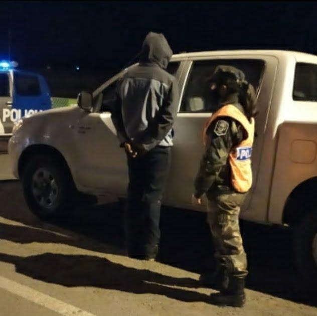 "CPR San Cayetano incautó dos ""porros"" a conductor de una camioneta que circulaba sin luces"