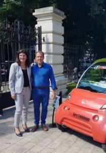 Diputados: reconocen a la empresa que fabricó el primer vehículo eléctrico en Provincia