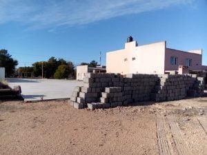 Acopian materiales para la construcción del SUM del Secundario de Claromecó