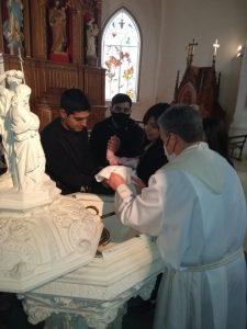 Primer bautismo en cuarentena en la Parroquia del Carmen