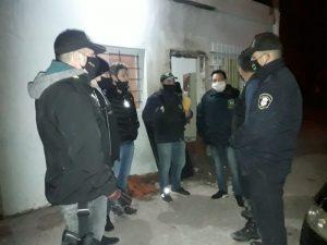 """Usando explosivos, allanaron """"bunker"""" de droga en Bahía Blanca (Video)"""