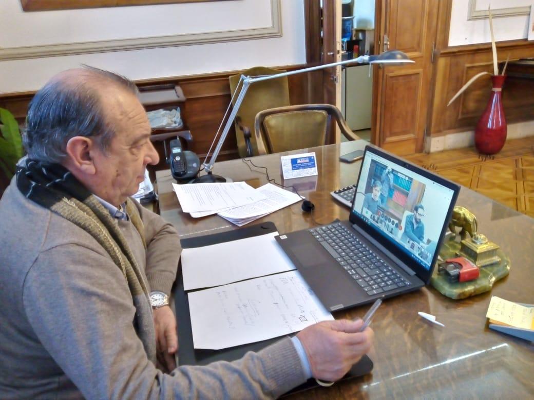 Sánchez en reunión virtual con Kicillof por el estado sanitario