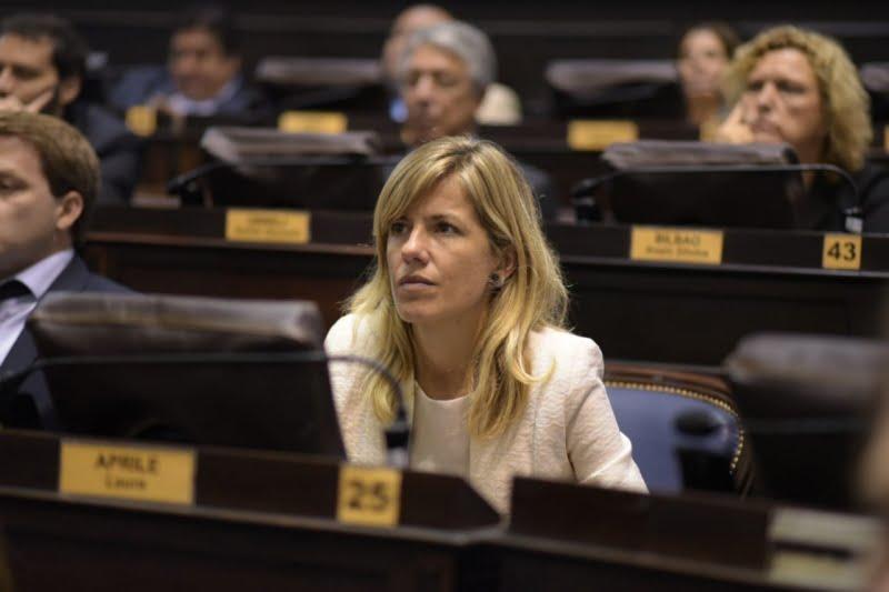 """Laura Aprile celebró el """"buen diálogo"""" que hay en la Legislatura"""