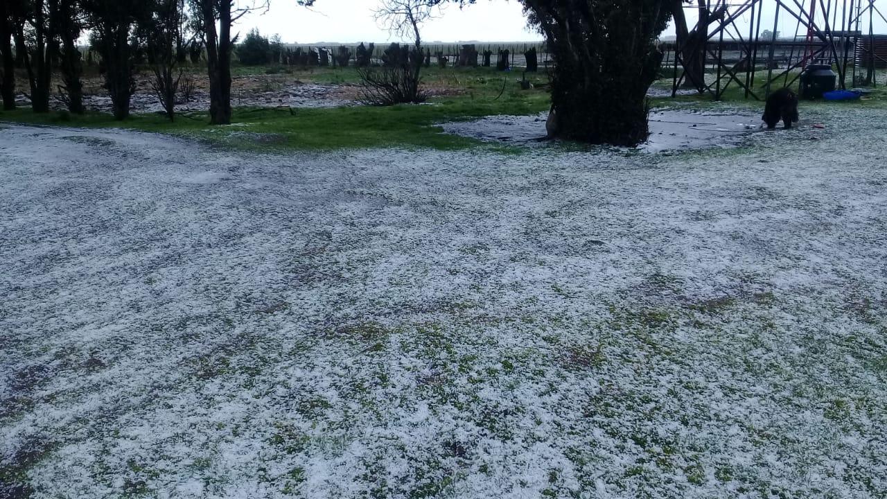 Agua nieve y granizo en Indio Rico