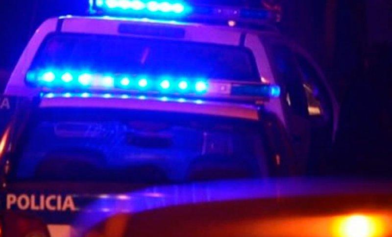 En allanamientos, secuestran una moto y balas