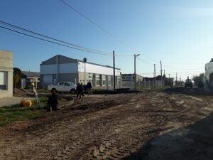 Trabajos en calles del FONAVI Terminal y cordón cuneta en Olimpo