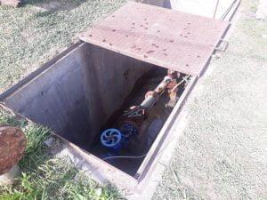 Colocan nueva bomba de agua en Camino de Cintura y Almafuerte
